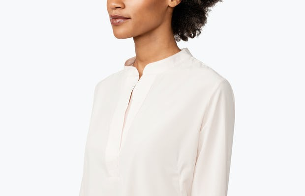 Women's Blush Juno Popover on Model in Close-up of Her Shirt Collar