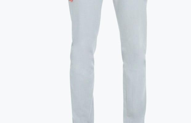 Model is 6'1, 175lbs, wearing 32 Slim.