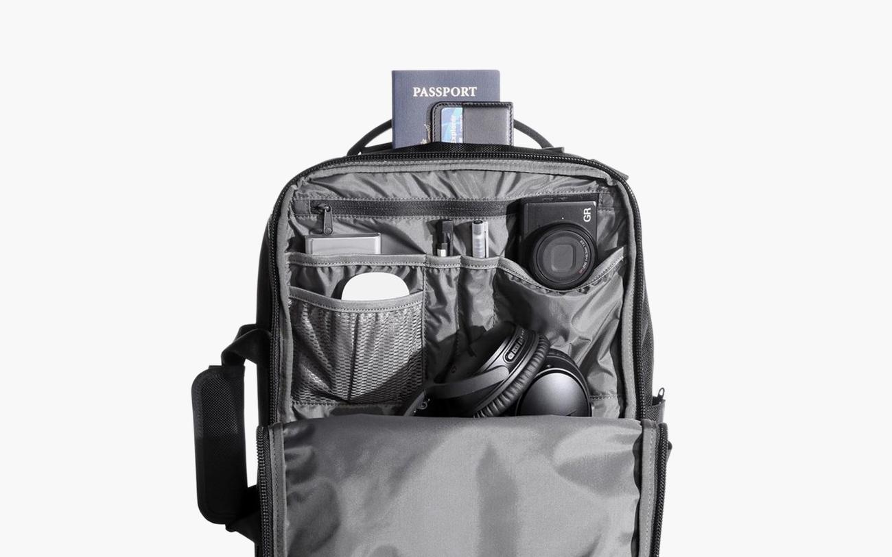 Black Heather Aer Ministry of Supply x Aer Flight Pack 2 — Interior Pockets