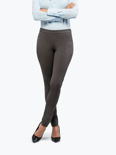 Women's Charcoal Heather Kinetic Skinny Pant on Model Facing Forward
