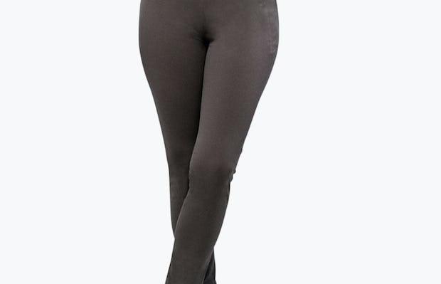 Women's Charcoal Heather Kinetic Skinny Pant on Model Facing Forward