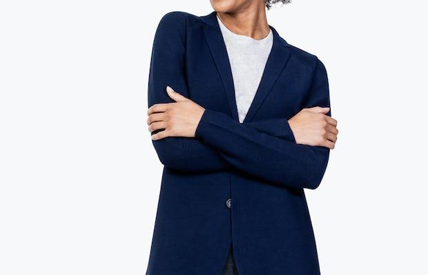 Women's Navy 3D Print-Knit Blazer on Model Crossing Her Arms