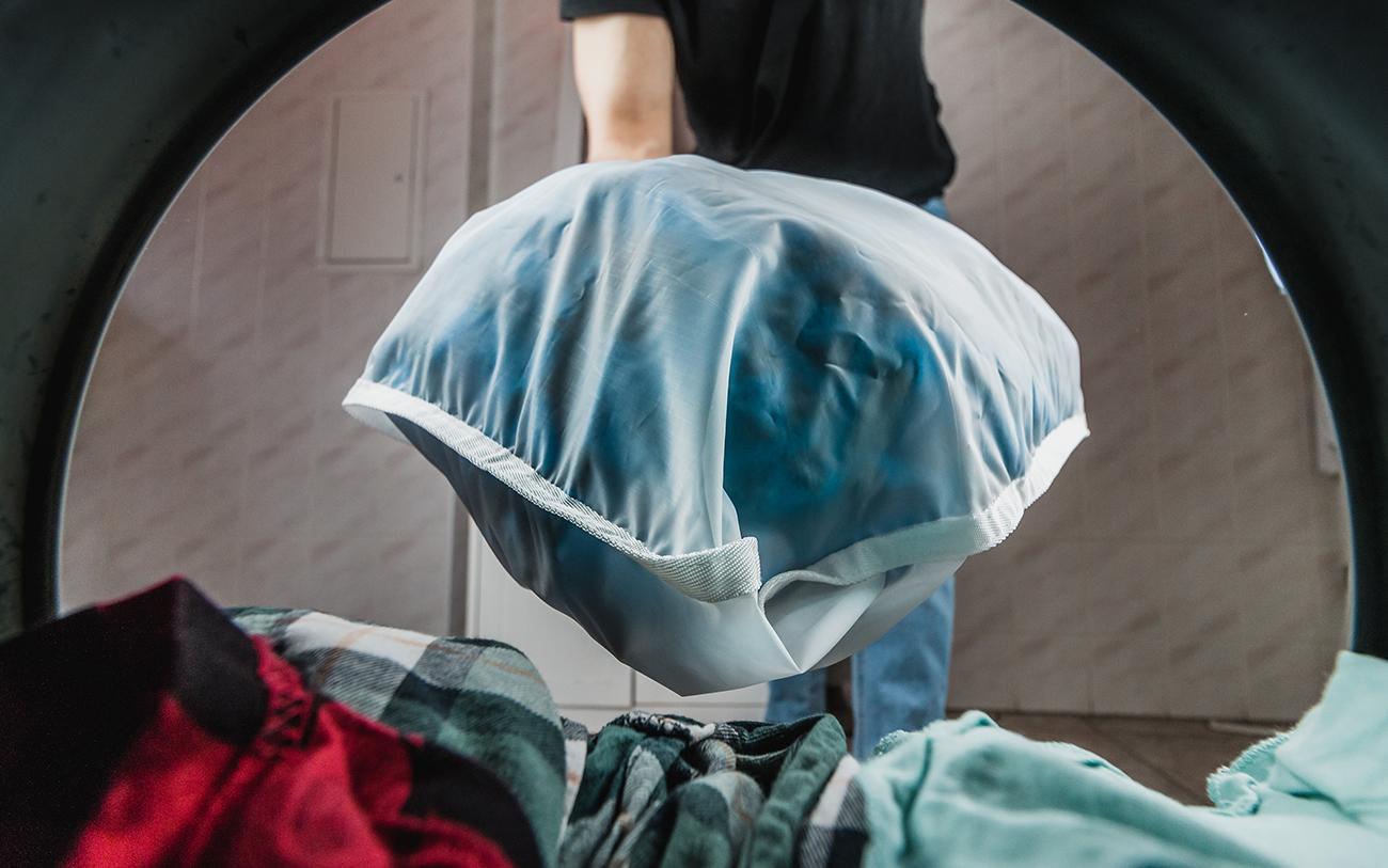 Guppyfriend bag going into washing machine