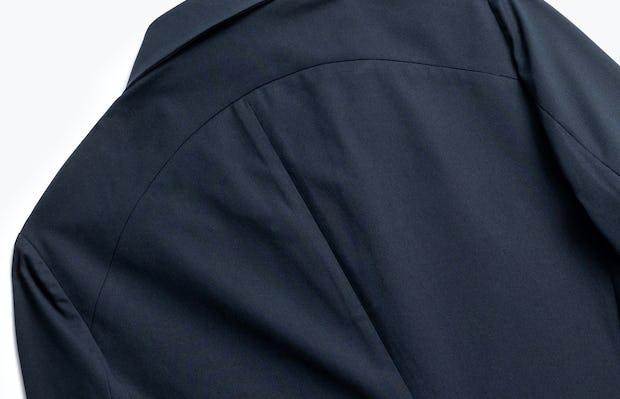 close up of men's navy kinetic blazer shot of back
