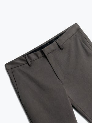 Close up of Men's Charcoal Heather Kinetic Pant Front