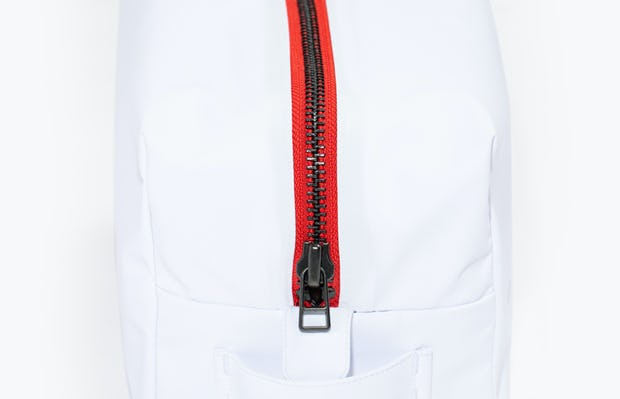 doppler essentials kit white red zipper shot of front showing zipper