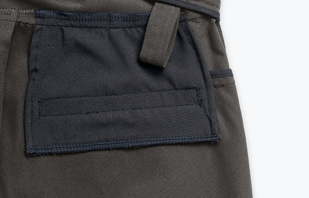 Close up of Men's Charcoal Heather Kinetic Adaptive Pants interior grab hold