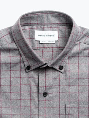 mens' grey heather merlot aero button down zoomed shot of collar