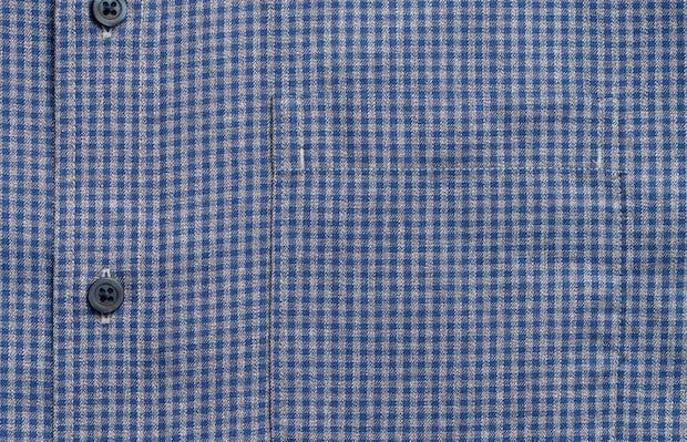 Men's indigo heather gingham aero button down zoomed shot of chest pocket