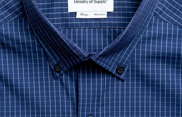 men's indigo jaspe grid aero button down zoomed shot of collar