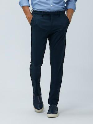 Close up of Men's Dark Navy Velocity Pant on model