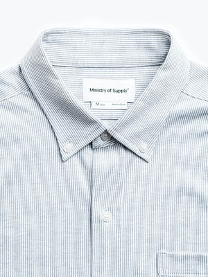 men's grey heather stripe hybrid button down zoomed shot of buttoned collar