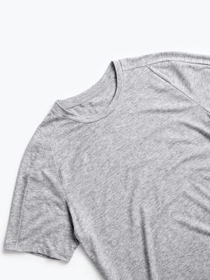 men's charcoal grey heather composite merino active tee zoomed shot of front