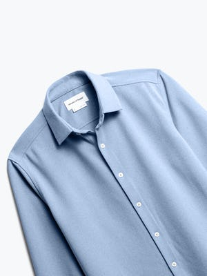 men's pale blue heather brushed apollo dress shirt zoomed shot of front