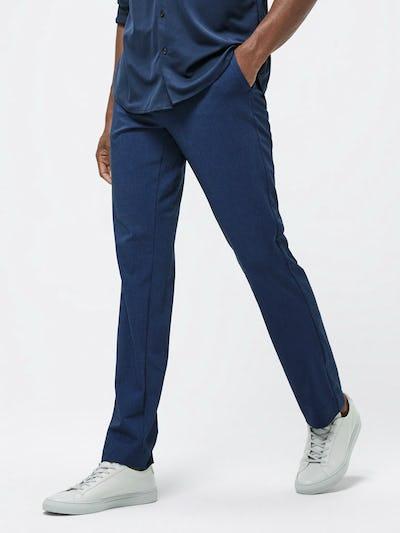 Close up of Men's Indigo Heather Velocity Pant on model