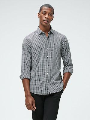 Men's Black Grid Aero Zero Carbon Neutral Shirt and Men's Black Kinetic Tapered Pant on Model
