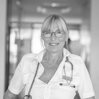 Klaudia Stengg – General Practitioner, founded and operates at First Aid Clinic in the ski area in Tyrol