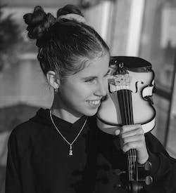 Nina-Sofie portrait