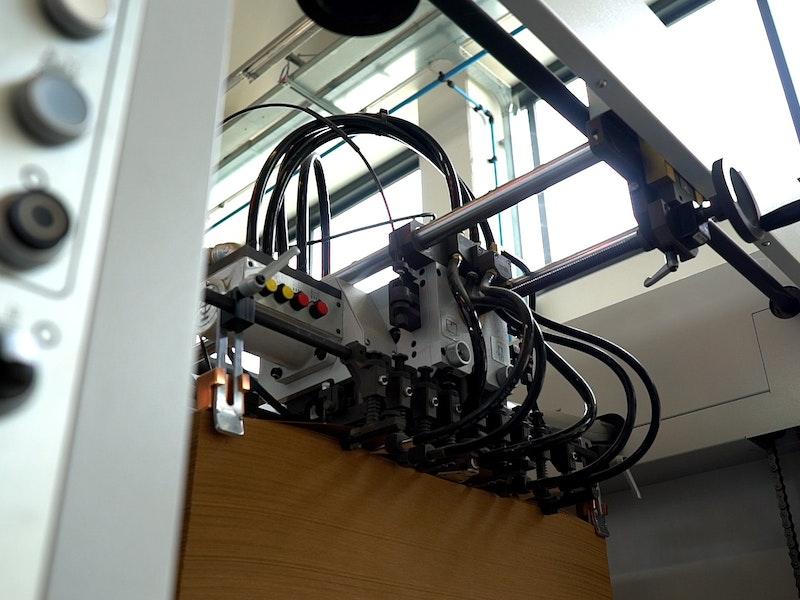 Dettagli macchina SBL 106