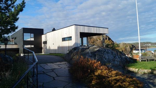 Sjuveengåsen, Sandefjord