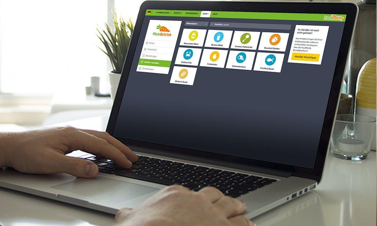 FoodNotify App auf Laptop Screen