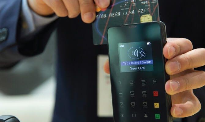 Kartenzahlung mit card complete mobiler Terminal