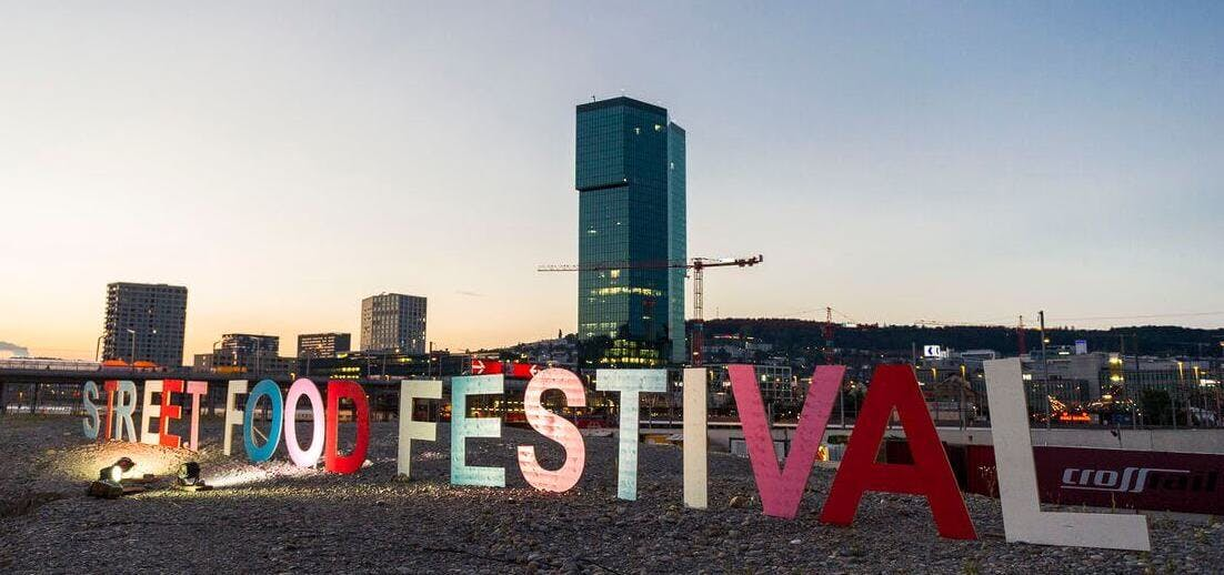 street food festival Schriftzug