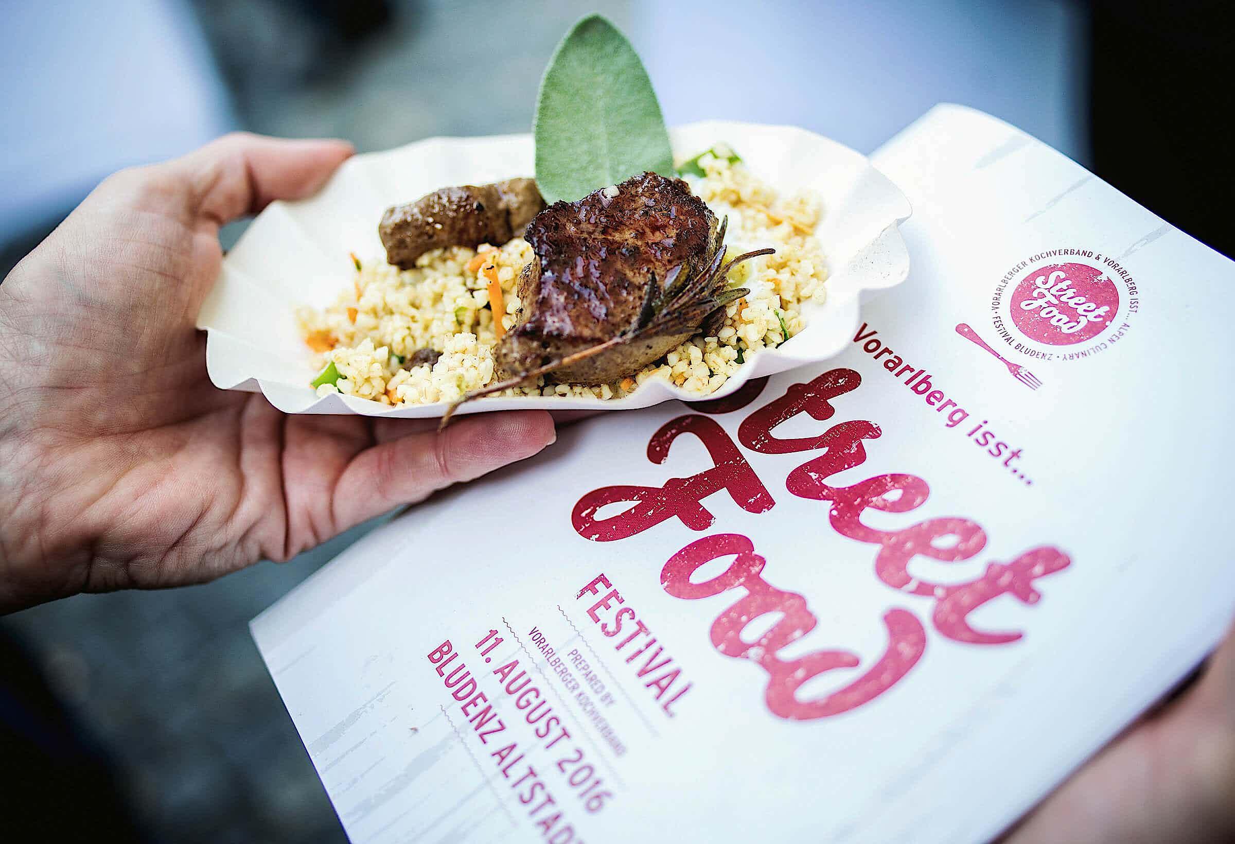 street food festival flyer und street food