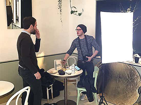 Photoshooting in cafe