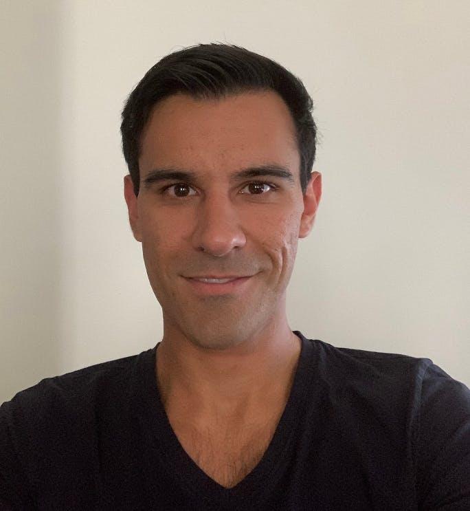 Riccardo Sidhu, SEO Manager bei ready2order