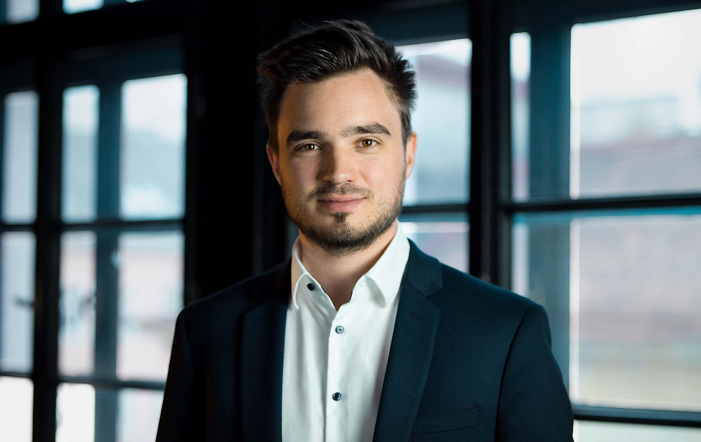 Markus Bernhart, CEO