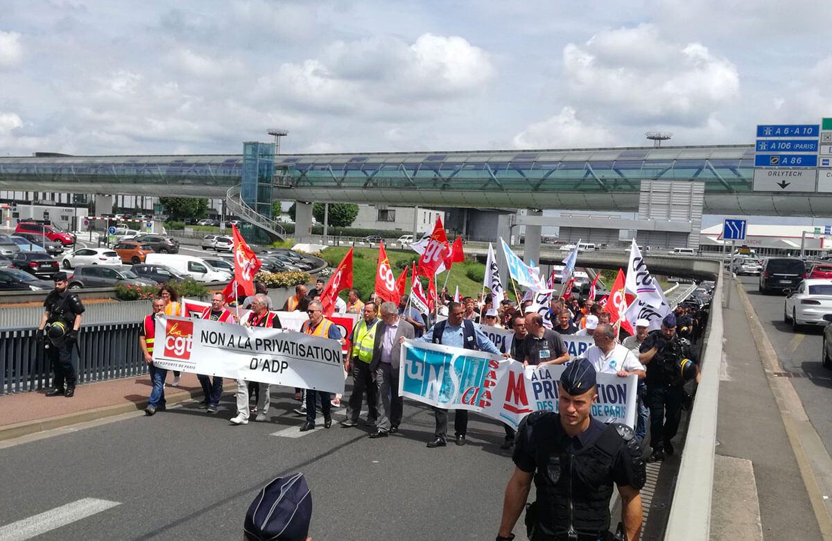 Les enjeux de la privatisation du groupe ADP