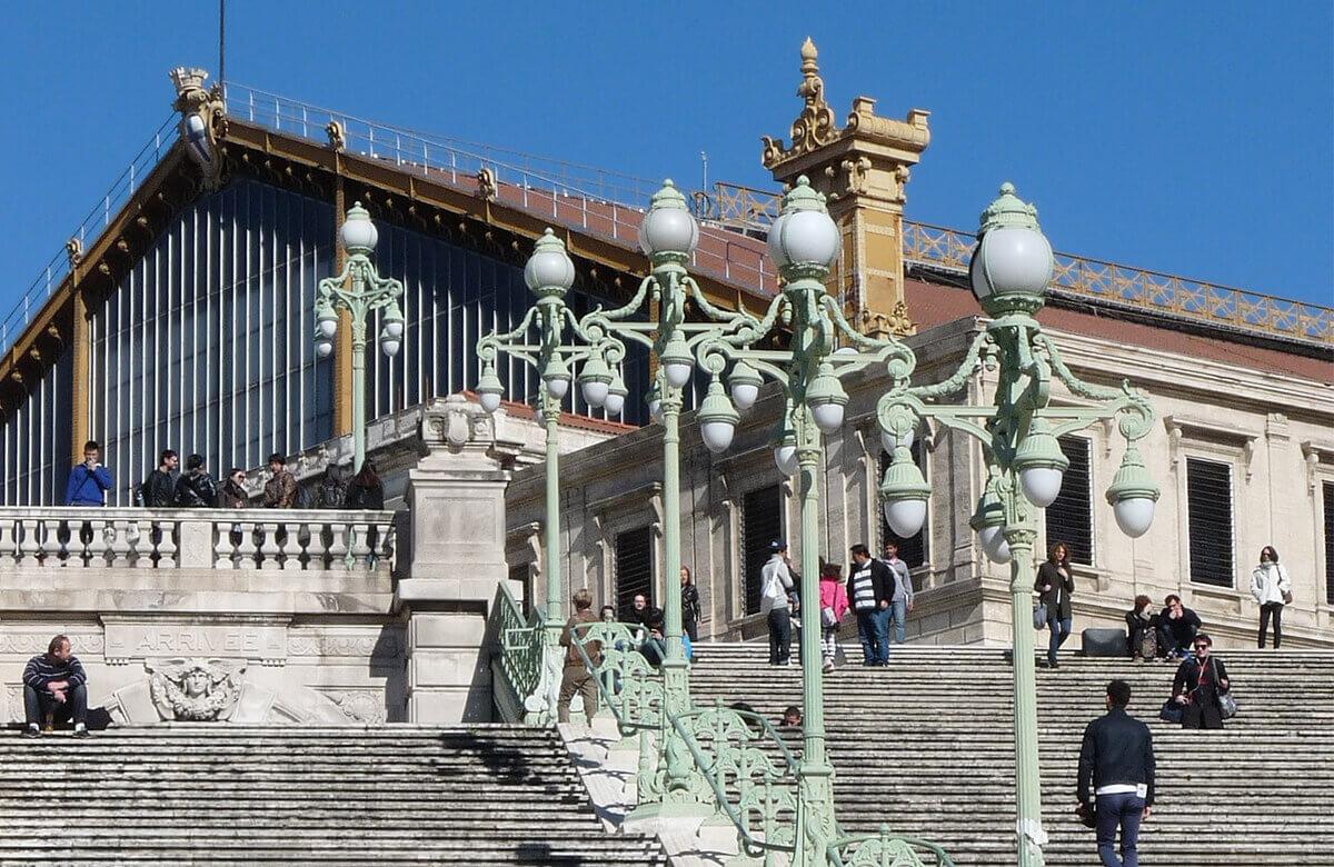 Quels sont les hôtels à Marseille proches de la gare ?