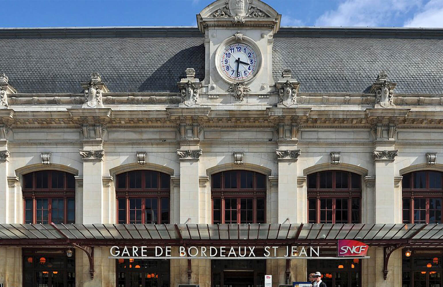 Comment se garer low-cost à Bordeaux Saint-Jean ?