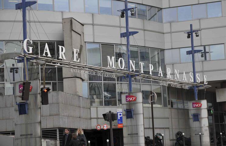 Réserver facilement une place de parking à Paris Gare Montparnasse