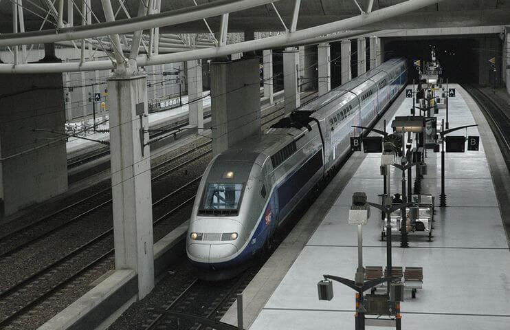 Réserver facilement une place de parking à Roissy Gare TGV