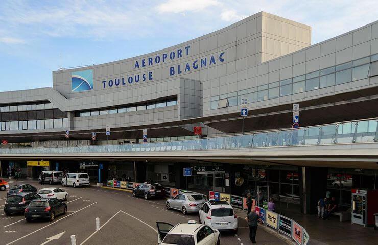 Se garer à Toulouse Blagnac, les alternatives aux parkings de l'aéroport