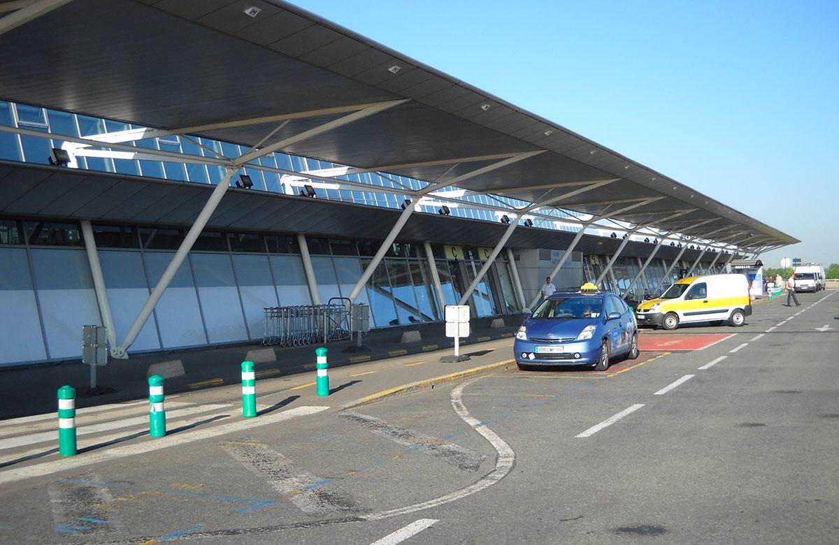 Les parkings de l'aéroport Lille Lesquin