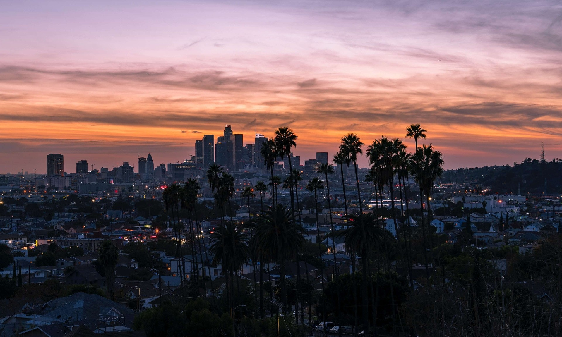 Los Angeles vista showing businesses including ideal rehearsal spaces from Pirate