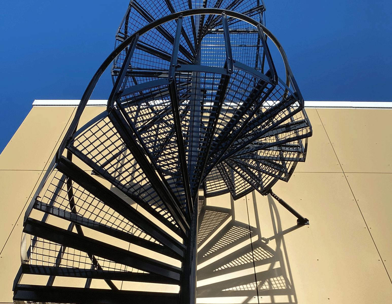 surface treatment powder coated spiral staircase