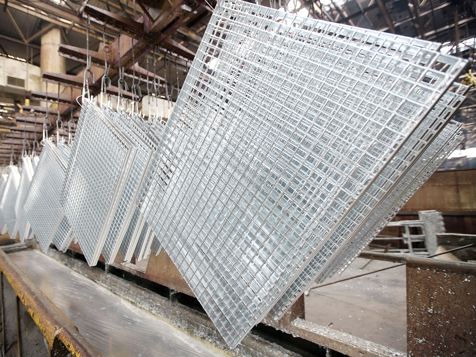 Surface treatment hot dip galvanizing