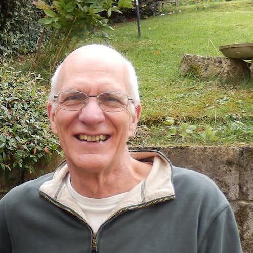 Dr Alan Rayner