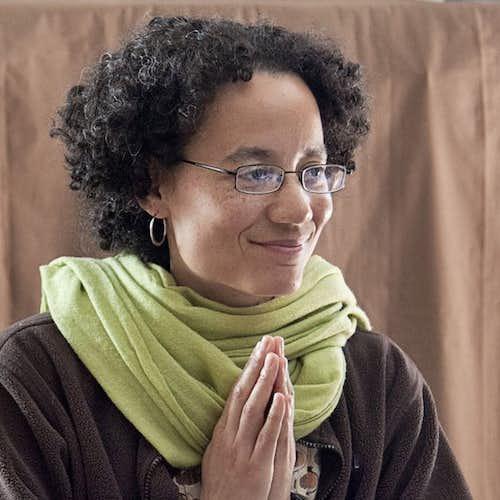 Kaira Jewel Lingo