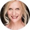 Delia Kropp headshot