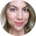 Shannon Rakow headshot