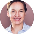 Kristin Sgarro headshot