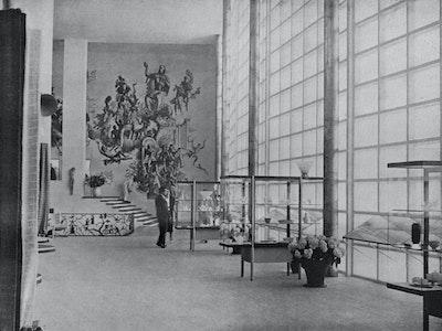 1937, Paris, Architects: Jo van den Broek (1898–1978)