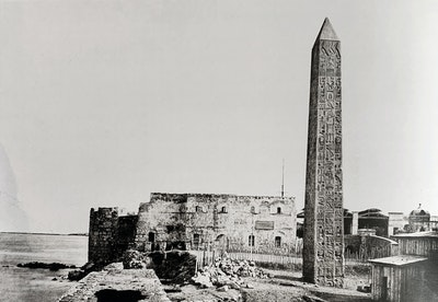 A pair of obelisks, each 21 meters tall, dubbed Cleopatra's needles, once stood in the temple of Re. During the reign of Augustus, they were moved to the entrance of the Caesareum in Alexandria and remained there until the nineteenth century. In 1819, Muhammad Ali offered one to the United Kingdom. In 1879, the remaining Cleopatra's Needle was offered to the United states by Viceroy Ismail Pasha.