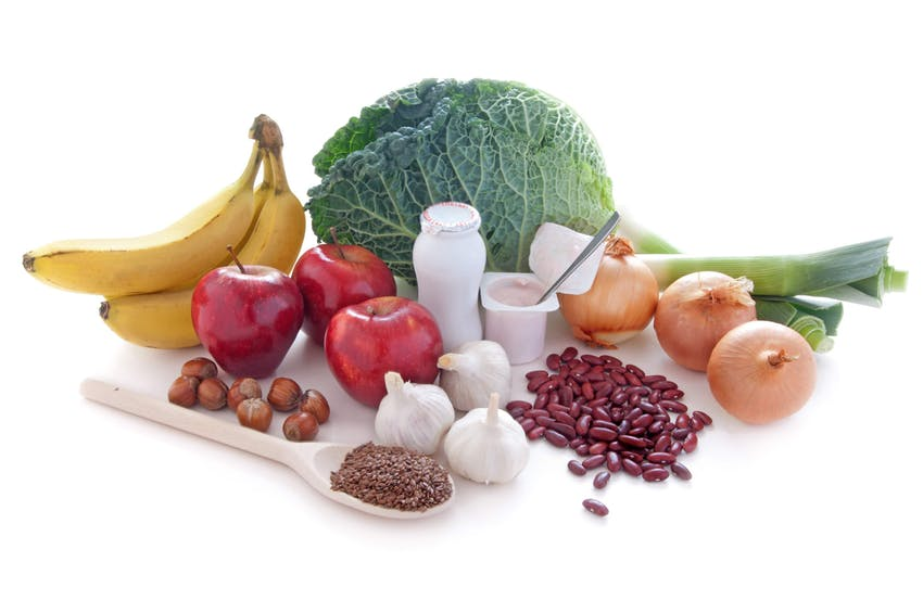 bananas, apples, nuts and seeds, garlic, cabbage, yoghurt, beans and onions