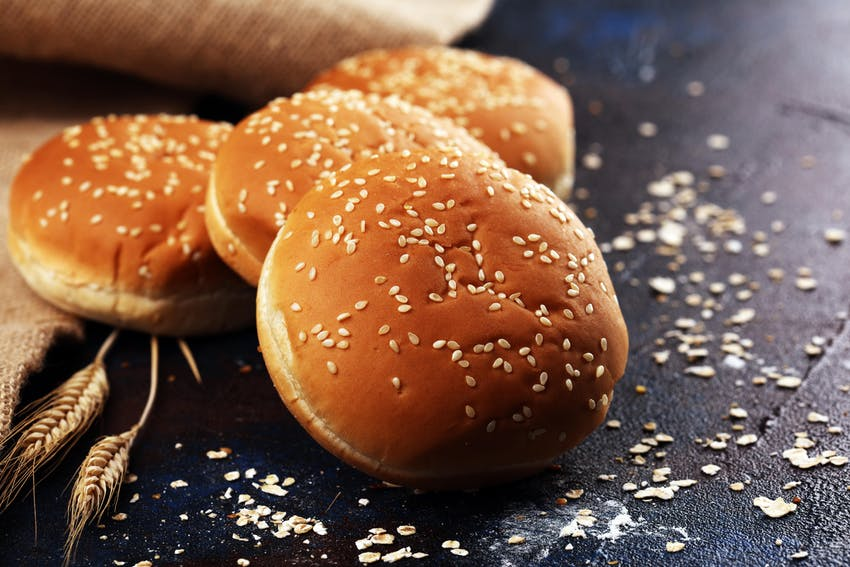 4 sesame seed brioche burger buns